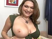 Super hot mamas with big titties cum watch these long 30 sec clips